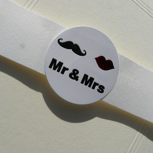 Mr & Mrs Embossed Seals (Pack of 20)